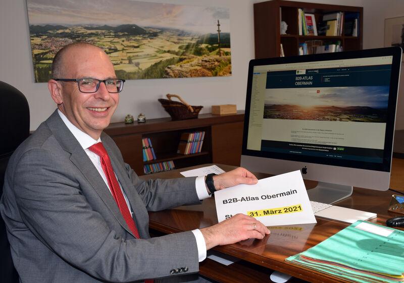 Am 31. März 2021 gibt Landrat Christian Meißner den Startschuss für den B2B-Atlas Obermain. (Foto: Landratsamt Lichtenfels/Heidi Bauer)