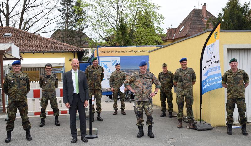 Besuch von Generalarzt Dr. Bruno Most im Impfzentrum des Landkreises Lichtenfels. (Foto: Landratsamt Lichtenfels: Heidi Bauer)