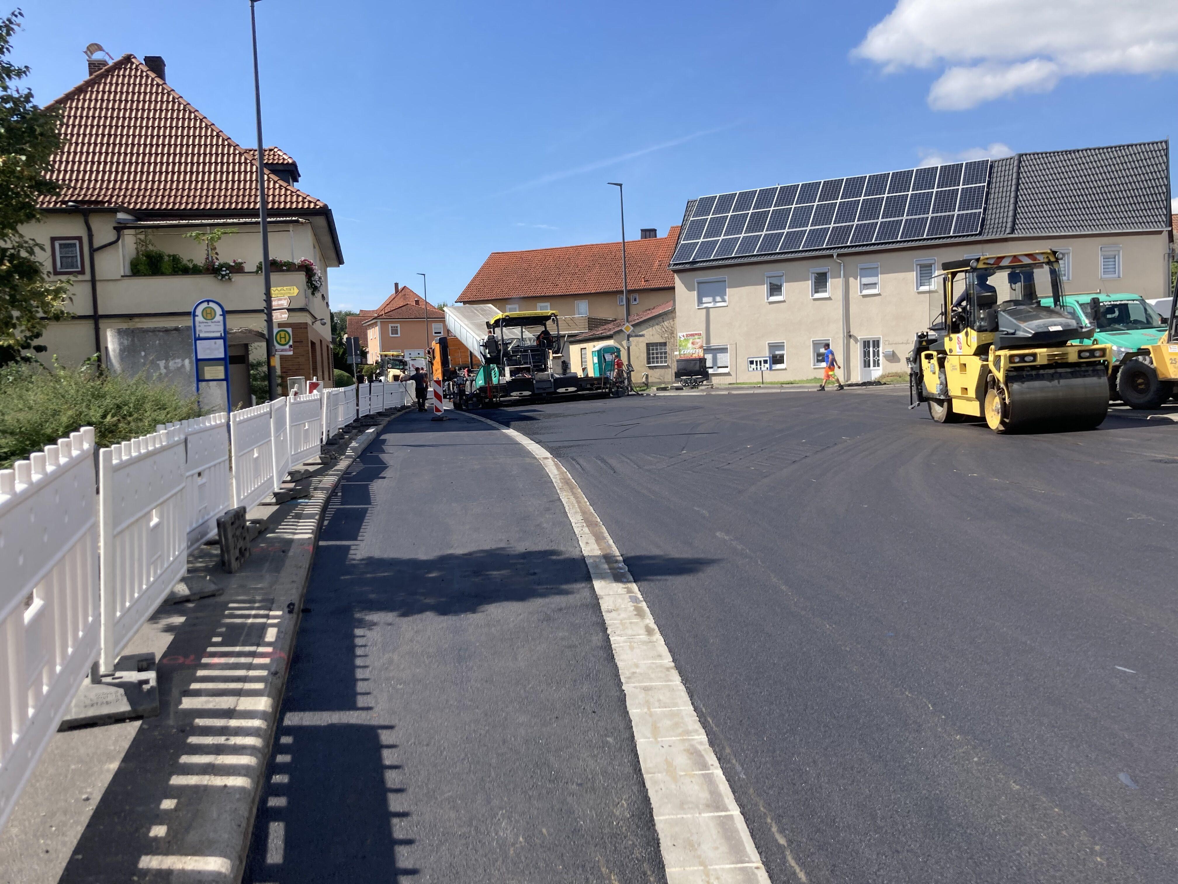 Die Ortsdurchfahrt wird ab dem 28. August für den Verkehr freigegeben.  Foto: Kreisbauhof