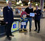 Miniaturbild zu:Pressemitteilung 004-2020: Edeka-Kunden spenden Pfandbons für Feuerwehren im Landkreis
