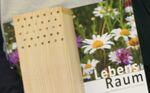 Miniaturbild zu:Pressemitteilung 092-2020: Tafeln mit Nisthilfen für die Gartenbauvereine