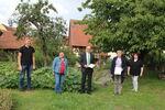 Miniaturbild zu:Pressemitteilung 297-2020: Naturgarten-Plakette für Familie Lohneis